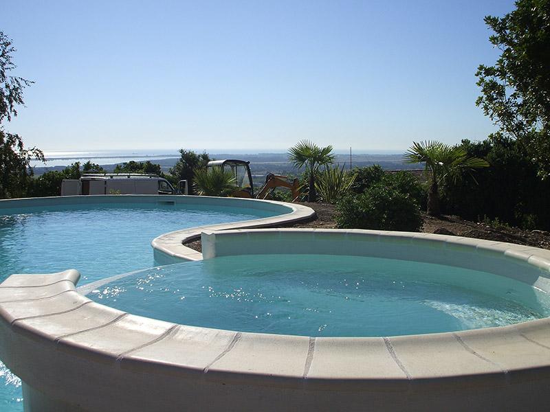 piscine beton corse